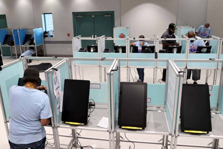 Voting Booths in Nevada